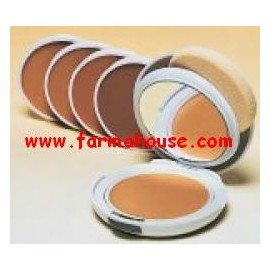 OIL FREE COMPACT CREAM HONEY COUVRANCE