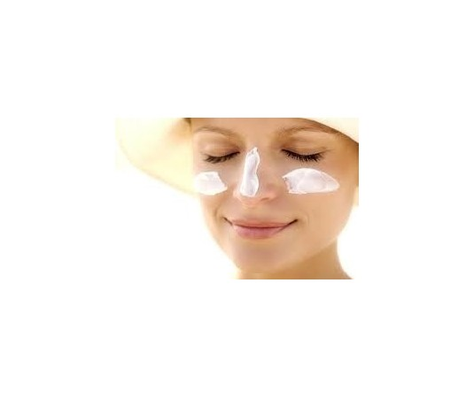 protector solar de cara sin color: las mejores marcas de cremas solares para rostro